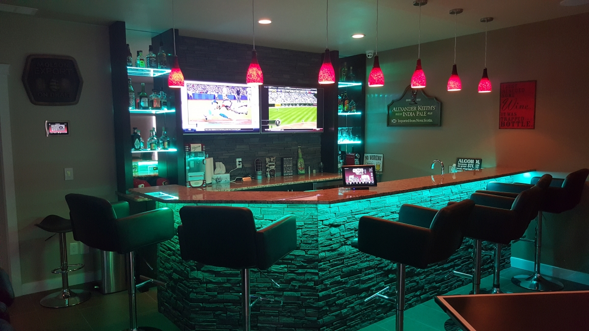 LED-Strip-Lighting-Basement-Bar (4)